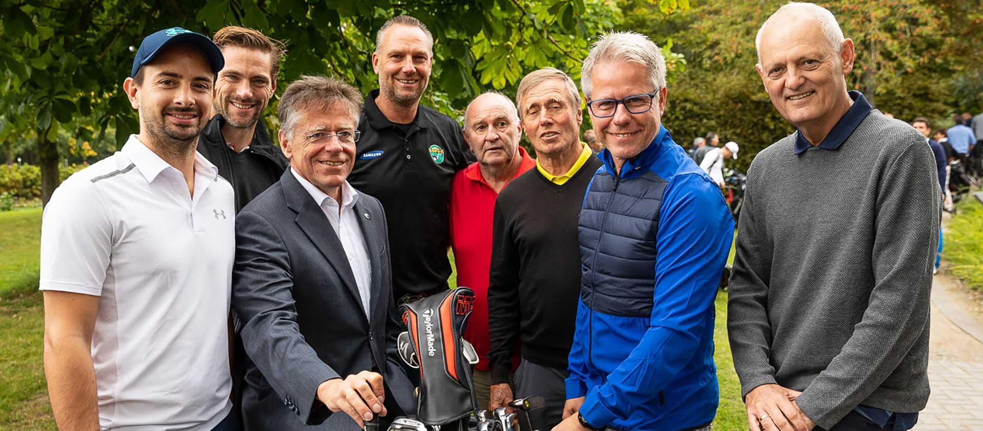 golf spielen mit den richtigen leuten